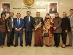 wakil-ketua-dpr-fahri-hamzah-berfoto-bersama-prof-dr-din-syamsuddin.jpg