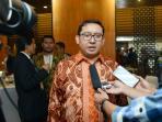 wakil-ketua-dpr-ri-sekaligus-ketua-gopac-indonesia-chapter-fadli-zon_20160901_102020.jpg