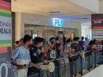 Tak Cuma di Jakarta, Warga Makassar Serbu Pusat Perbelanjaan Jelang Lebaran