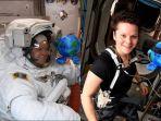 wanita-ini-gagal-berjalan-di-luar-angkasa.jpg