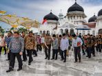 wapres-jk-meresmikan-masjid-raya-baiturrahman-aceh_20170513_172145.jpg