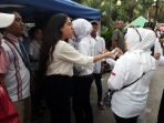 warga-dki-jakarta-meramaikan-pesta-rakyat_20171016_233502.jpg