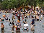 Dilarang Mudik, Warga Jakarta Penuhi Tempat Rekreasi, Covid-19 Dikhawatirkan Melonjak