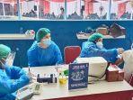 warga-kampung-nelayan-dan-pesisir-terima-vaksin-covid-19_20210902_175053.jpg