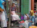 Kenapa Warga Indonesia Lebih Sering Memakai Bahasa Daerah Dibanding Bahasa Nasional?