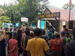 Warga Ramai-ramai Datangi Mapolsek Tamalatea, Pastikan Pelaku Pengrusakan Perahu Nelayan Ditahan