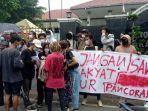 warga-pancoran-buntu-ii-bersama-solidaritas-forum-pancoran-bersatu-ik.jpg