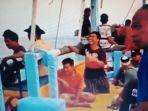 warga-pulau-sebesai-pantau-aktivitas-pengerukan-pasir-di-gak.jpg
