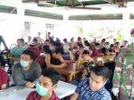 wni-abk-observasi-pulau-sebaru-terima-penyuluhan-kesehatan_20200310_154720.jpg