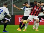zlatan-ibrahimovic-terisolir-ketika-melawan-atalanta-di-stadion-san-siro.jpg