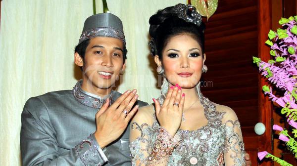 Pernikahan Nindy Ayunda dan Askara Parasady Harsono, 11 November 2011