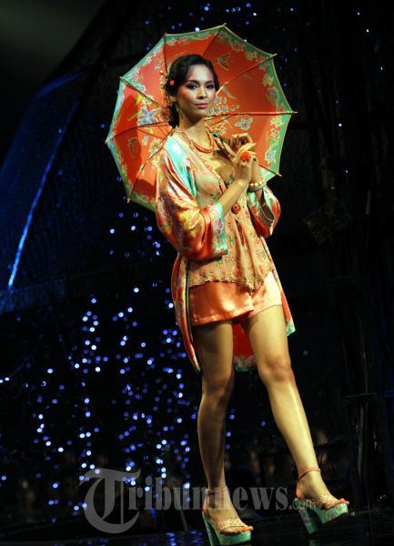 Sariayu Bazaar Fashion Celebration 2011m