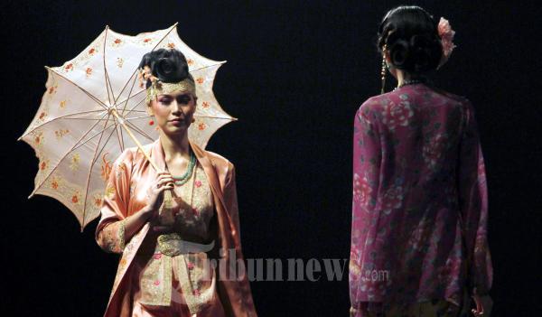 Sariayu Bazaar Fashion Celebration 2011n