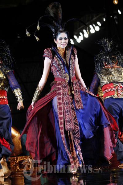 Sariayu Bazaar Fashion Celebration 2011o