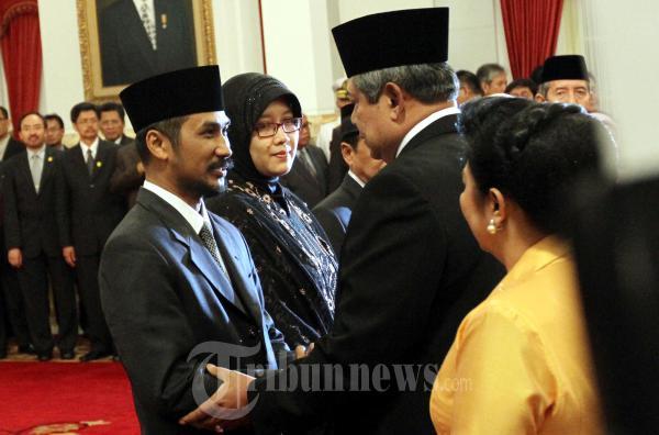 SBY Berikan Selamat Kepada Ketua KPK Abraham Samad