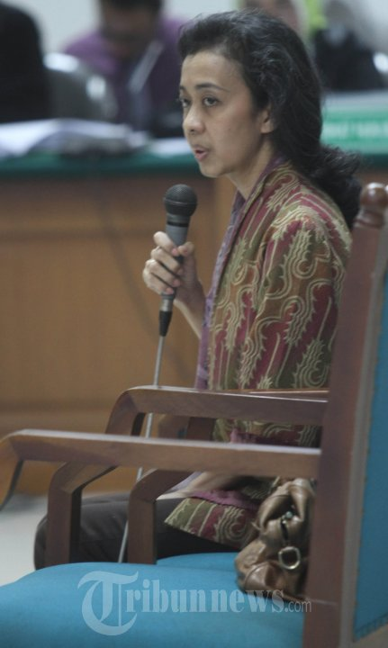 Elda Devianne Adiningrat Saksi Sidang Daging Sapi