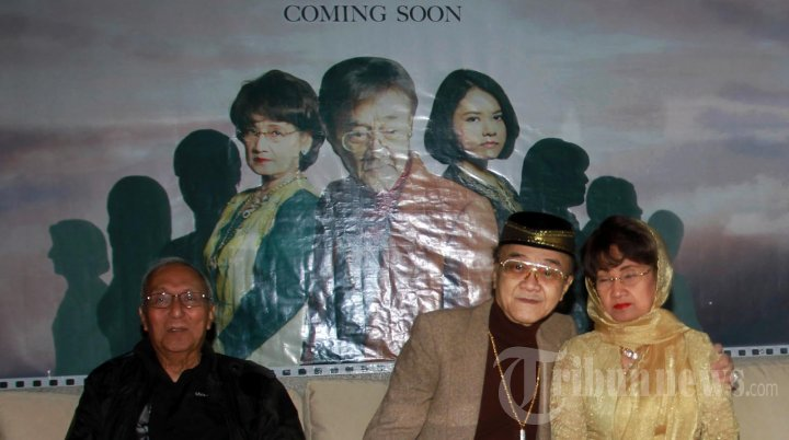 Eyang Subur Main Film