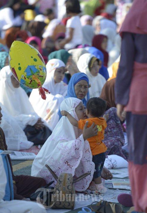 Suasana Shalat Idul Fitri di Balikpapan