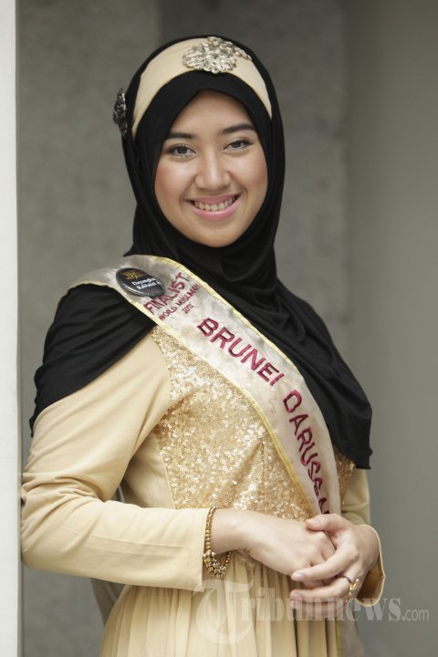 Dayangku Rabiatul Adawiyah Finalis World Muslimah 2013