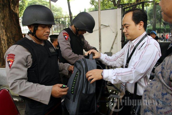 Penjagaan KPU Diperketat Jelang Pengumuman Hasil Pilpres