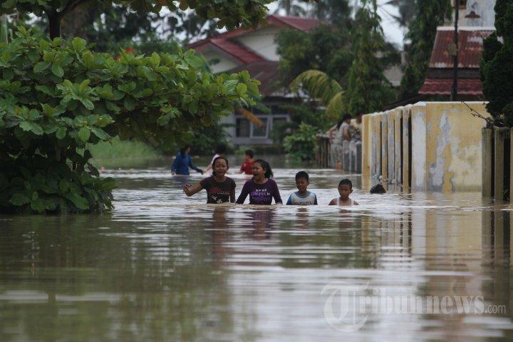 Banjir di Pekanbaru Semakin Tinggi