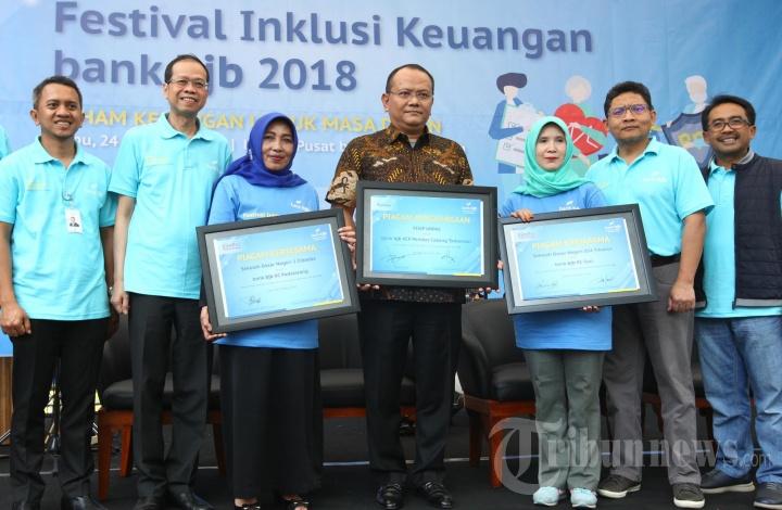 Bank BJB dan OJK Jabar Gelar Festival Bulan Inklusi Keuangan