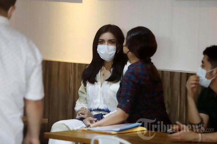Bebas, Millen Cyrus Diserahkan ke BNNK Jakarta Selatan