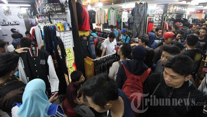 Belanja Baju Lebaran di Bandung