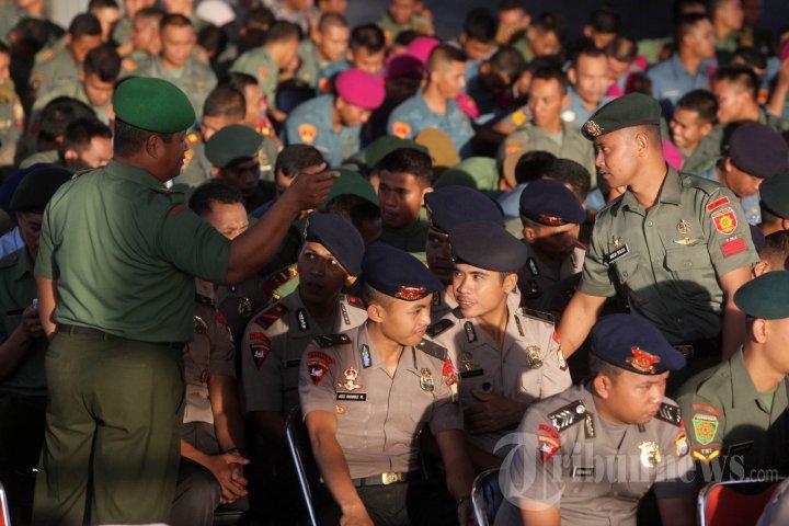 Buka Puasa Bersama TNI-Polri di Makassar