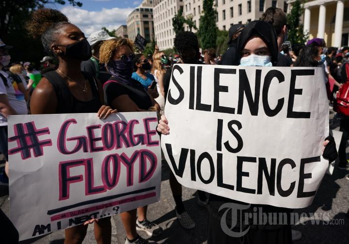 Demo dan Rusuh Pasca-Tewasnya George Floyd Merebak di Seantero Amerika