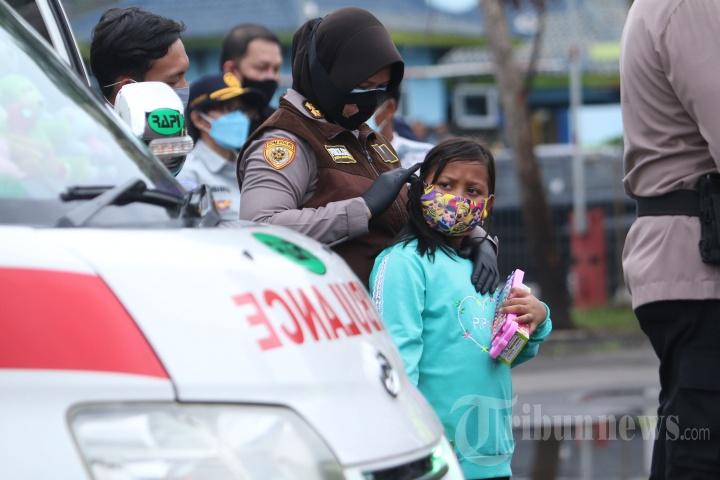 Dua Jenazah Korban Pesawat Sriwijaya Air SJ 182 Tiba di Lampung