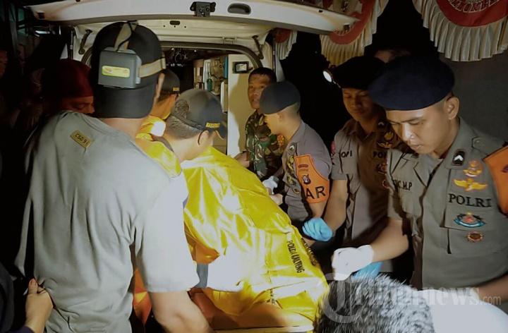 Evakuasi Korban Tabrakan Speedboat Paspampres di Palangkaraya