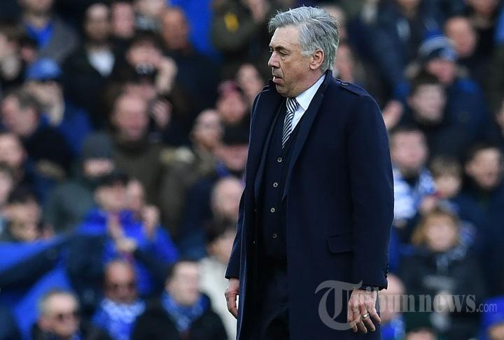 Everton vs Manchester United 1-1, Ancelotti Diusir Wasit
