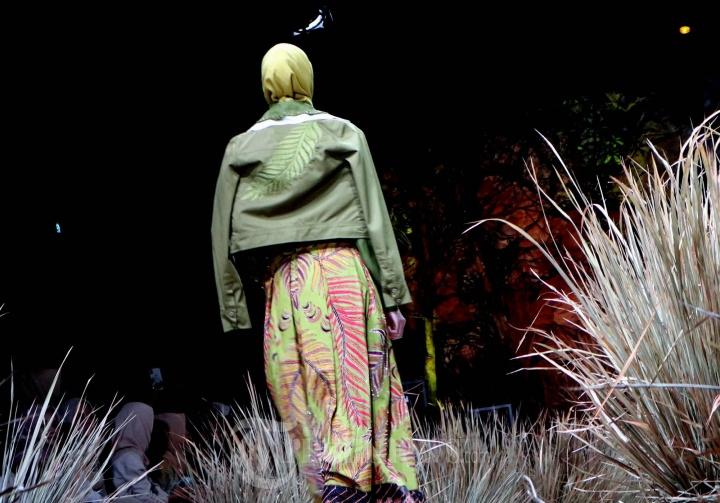 Fashion Rhapsody 2020 Hadirkan Harmoni Bumi Karya Tuty Adib