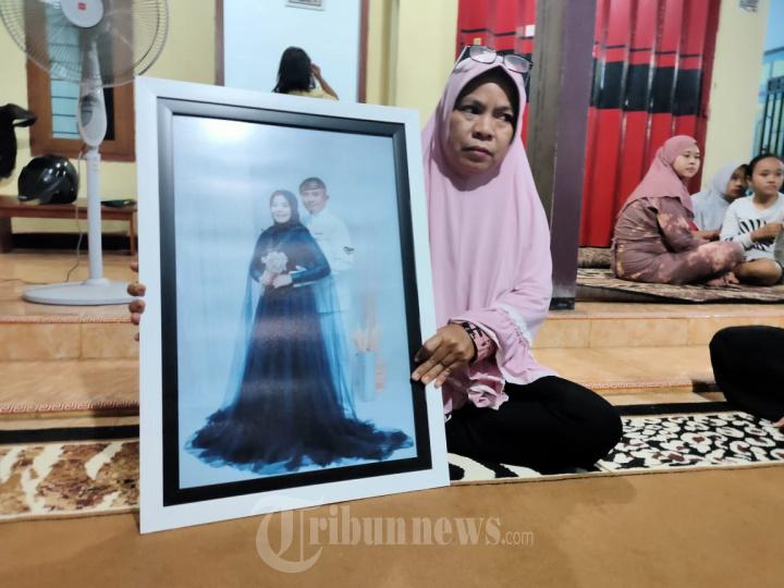 foto Serda Ede Pandu Yudha Kusuma Bersama Istri