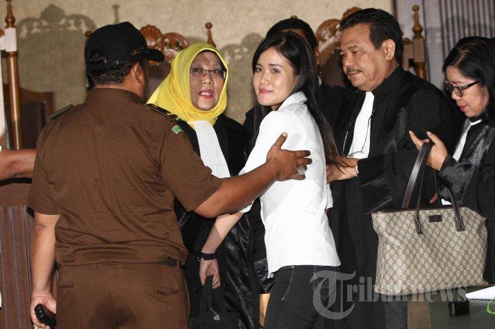 Hakim Akhirnya Ganjar Jessica Kumala Wongso 20 Tahun Penjara