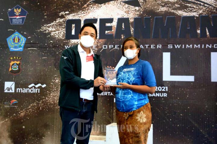 Kejuaraan Renang Perairan Terbuka Oceanman Bali 2021
