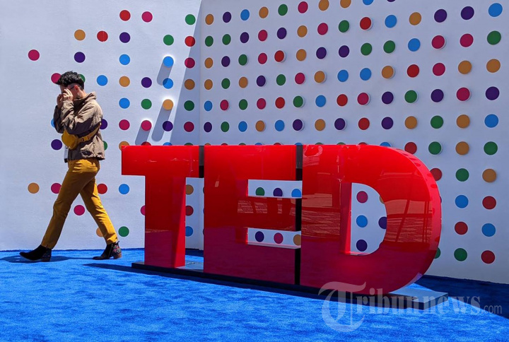 Konferensi Technology Entertainment Design (TED) di Tengah Pandemi Covid-19