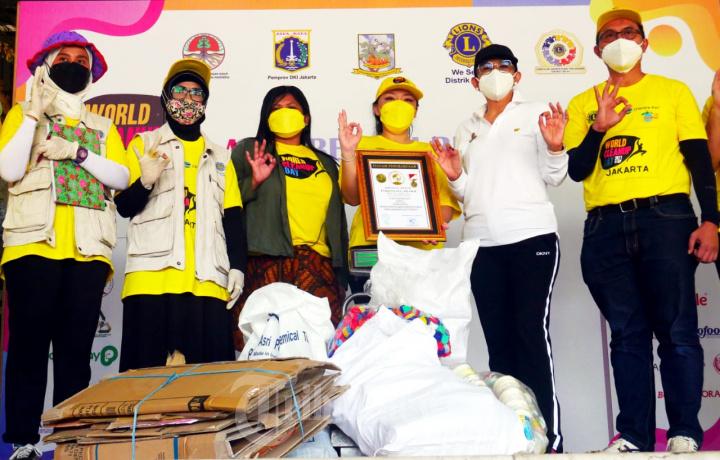 Kontribusi Chandra Asri di World Cleanup Day 2021