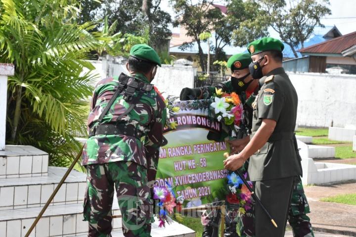 Korem 174 Merauke Laksanakan  Ziarah Dalam Rangka HUT Ke-58 Kodam XVII/Cenderawasih