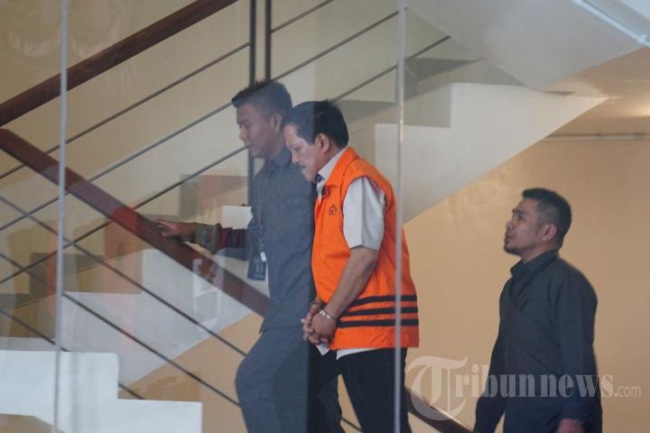 KPK Periksa Zainal Abidin dan Effendi Hatta