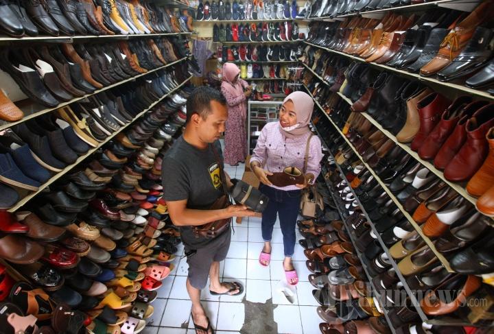 Libur Panjang, Penjualan Sepatu Cibaduyut Meningkat