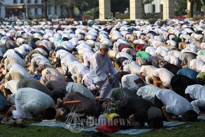 Masjid Al Azhar Gelar Shalat Idul Fitri 1442 H