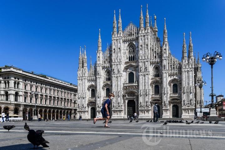 Masyarakat Italia Nikmati Kelonggaran Lockdown