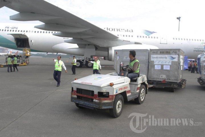 Menlu Retno Marsudi Lepas Tim Bantuan untuk Vanuatu
