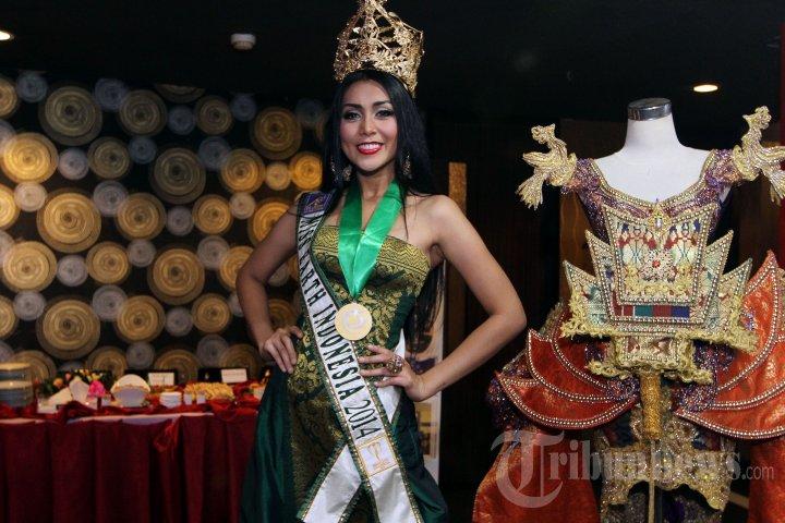 Miss Earth Indonesia 2014 Raih 4 Penghargaan Sekaligus