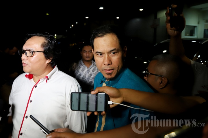 Sekretaris Umum DPP Front Pembela Islam (FPI), Murnarman usai menjalani pemeriksaan penyidik Polda Metro Jaya, Jakarta Selatan, Rabu (9/10/2019) malam.