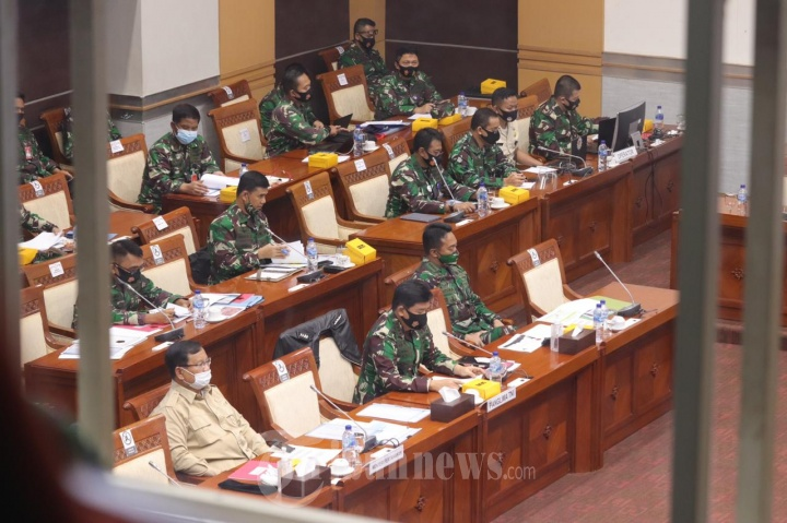 Panglima TNI Bersama Menhan Melaksanakan Rapat Kerja Dengan Komisi I DPR RI