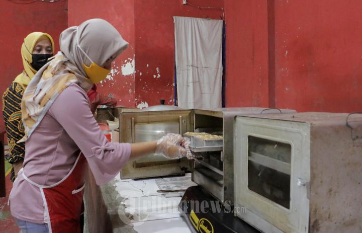 Pelatihan Membuat Kue Bagi Mantan TKI Di Semarang