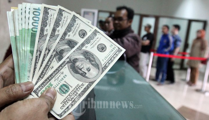 Penukaran Mata Uang Dolar AS